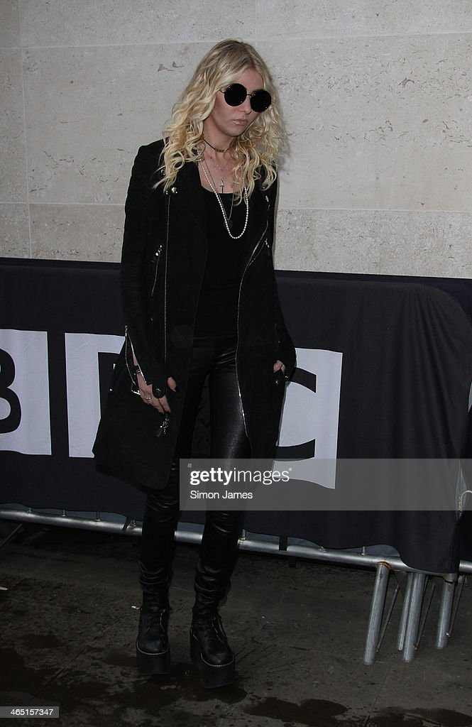 <a gi-track='captionPersonalityLinkClicked' href=/galleries/search?phrase=Taylor+Momsen&family=editorial&specificpeople=1518285 ng-click='$event.stopPropagation()'>Taylor Momsen</a> sighted arriving at the BBC radio one studios on January 26, 2014 in London, England.