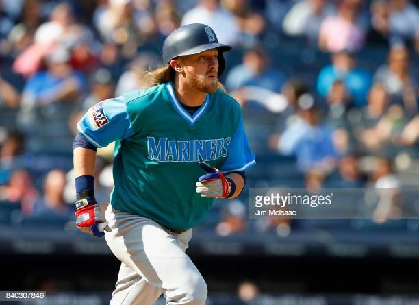 Taylor Motter of the Seattle Mariners in action against the New York Yankees at Yankee Stadium on August 27 2017 in the Bronx borough of New York...