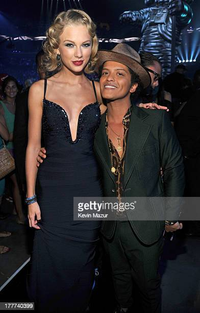 Taylor Swift and Bruno Mars attend the 2013 MTV Video Music Awards at the Barclays Center on August 25 2013 in the Brooklyn borough of New York City