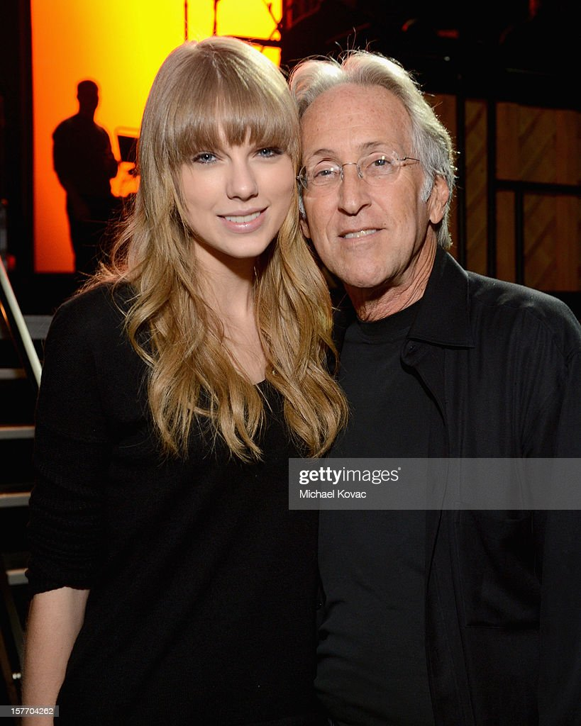 <a gi-track='captionPersonalityLinkClicked' href=/galleries/search?phrase=Taylor+Swift&family=editorial&specificpeople=619504 ng-click='$event.stopPropagation()'>Taylor Swift</a> and President/CEO of The Recording Academy <a gi-track='captionPersonalityLinkClicked' href=/galleries/search?phrase=Neil+Portnow&family=editorial&specificpeople=208909 ng-click='$event.stopPropagation()'>Neil Portnow</a> attend The GRAMMY Nominations Concert Live!! pre-show reception held at Bridgestone Arena on December 5, 2012 in Nashville, Tennessee.