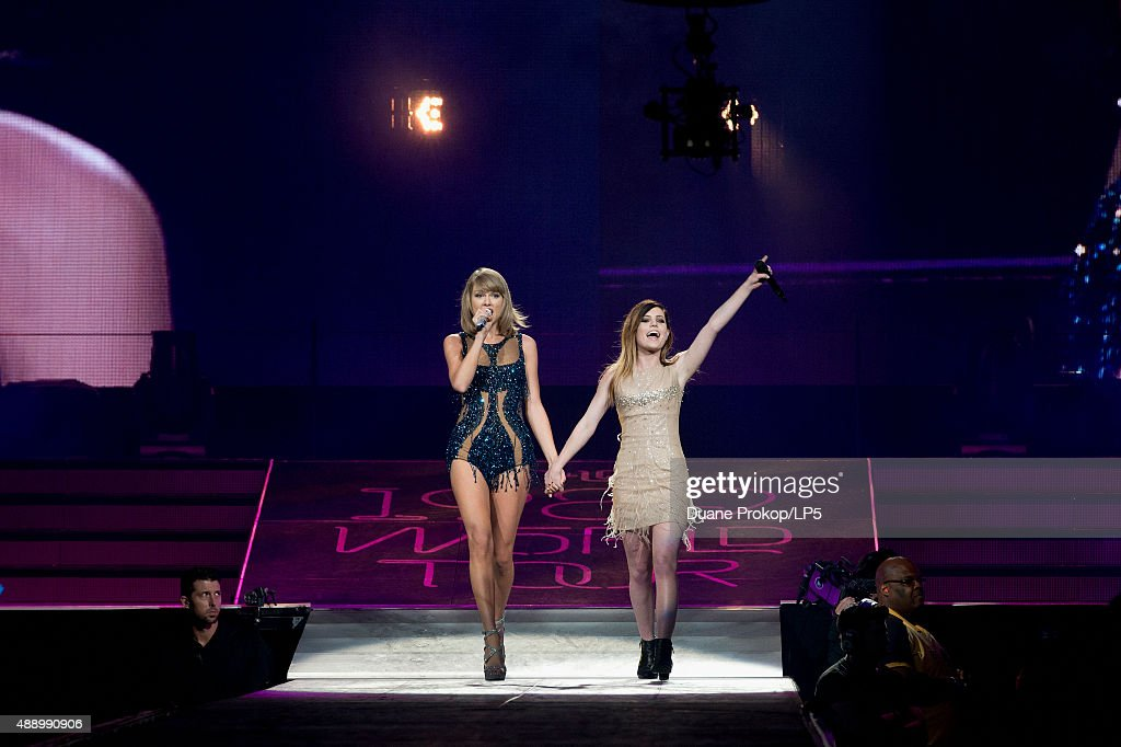 Taylor Swift and special guest Sydney Sierota perform during The 1989 World Tour at Nationwide Arena on September 18, 2015 in Columbus, Ohio.