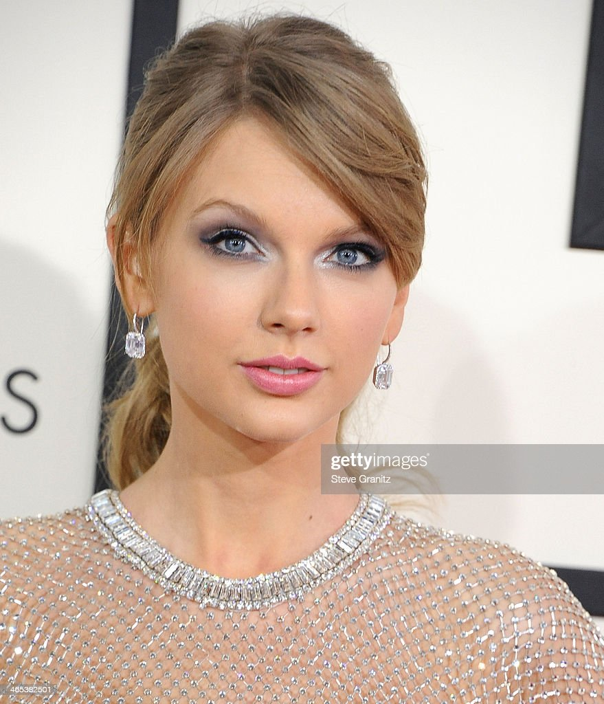 <a gi-track='captionPersonalityLinkClicked' href=/galleries/search?phrase=Taylor+Swift&family=editorial&specificpeople=619504 ng-click='$event.stopPropagation()'>Taylor Swift</a> arrivals at the 56th GRAMMY Awards on January 26, 2014 in Los Angeles, California.