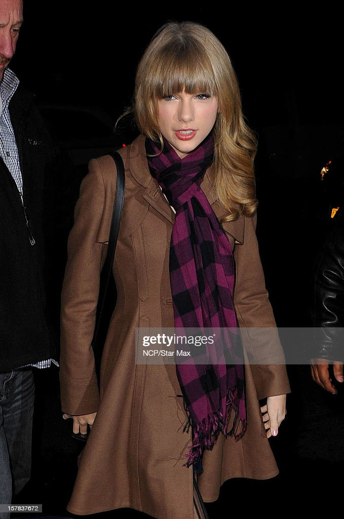 <a gi-track='captionPersonalityLinkClicked' href=/galleries/search?phrase=Taylor+Swift&family=editorial&specificpeople=619504 ng-click='$event.stopPropagation()'>Taylor Swift</a> as seen on December 6, 2012 in New York City.
