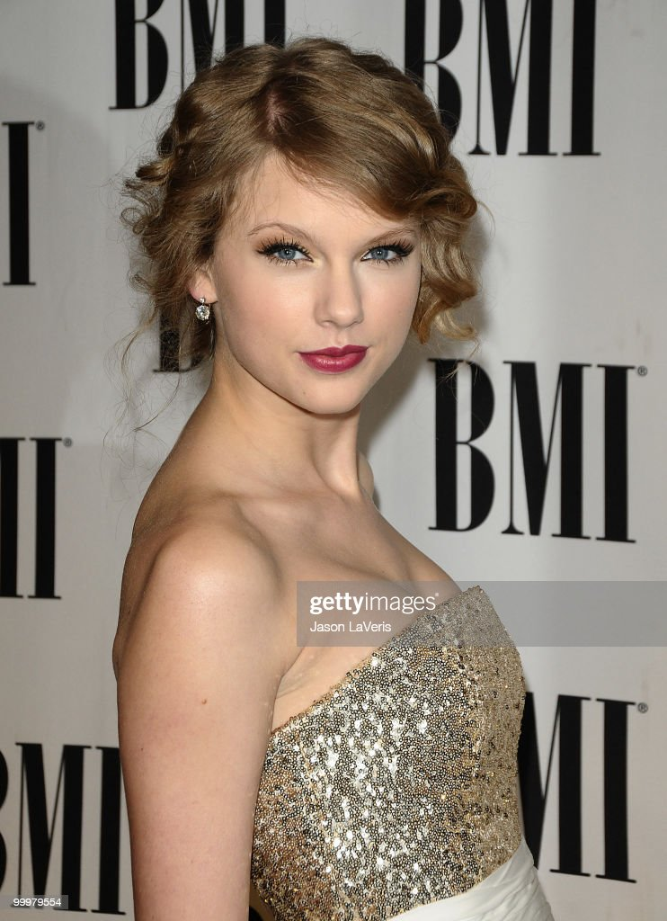 Taylor Swift attends BMI's 58th annual Pop Awards at the Beverly Wilshire Hotel on May 18, 2010 in Beverly Hills, California.