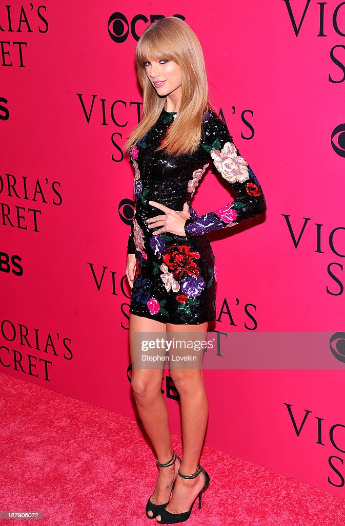 <a gi-track='captionPersonalityLinkClicked' href=/galleries/search?phrase=Taylor+Swift&family=editorial&specificpeople=619504 ng-click='$event.stopPropagation()'>Taylor Swift</a> attends the 2013 Victoria's Secret Fashion Show at Lexington Avenue Armory on November 13, 2013 in New York City.