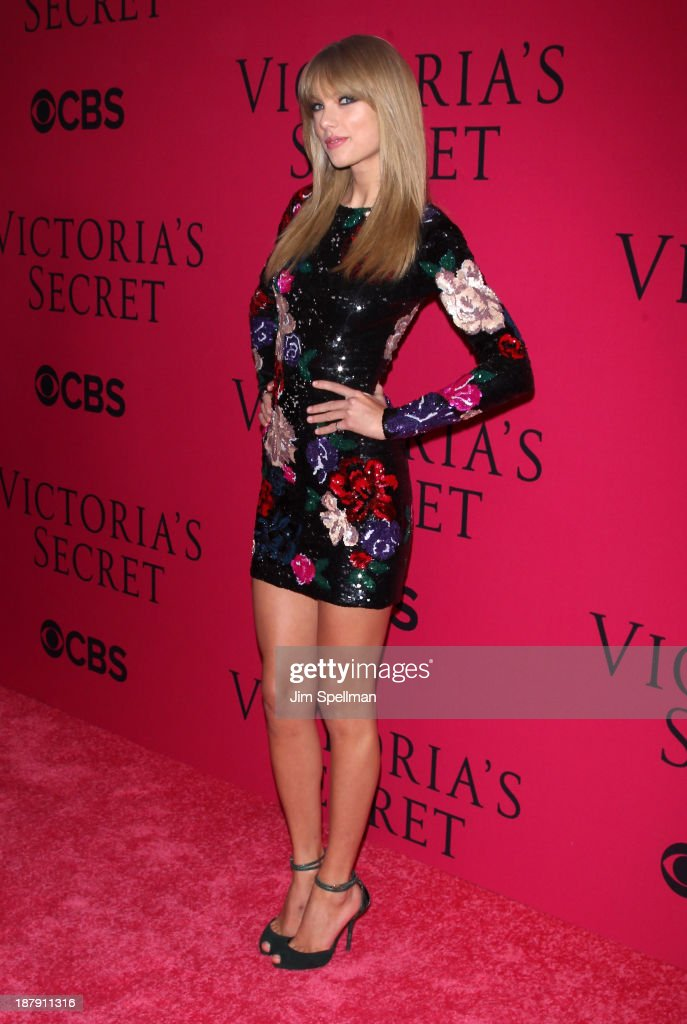 Taylor Swift attends the 2013 Victoria's Secret Fashion Show at Lexington Avenue Armory on November 13, 2013 in New York City.