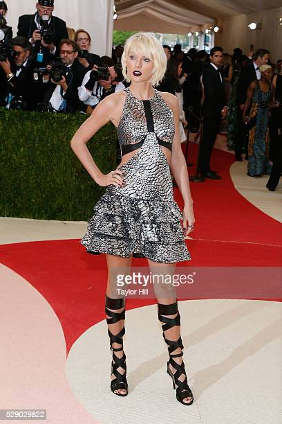 Taylor Swift attends the 2016 Costume Institute Gala at the Metropolitan Museum of Art on May 02 2016 in New York New York