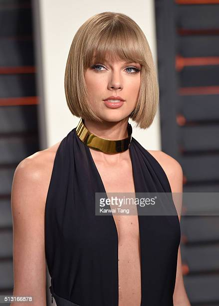 Taylor Swift attends the 2016 Vanity Fair Oscar Party Hosted By Graydon Carter at Wallis Annenberg Center for the Performing Arts on February 28 2016...