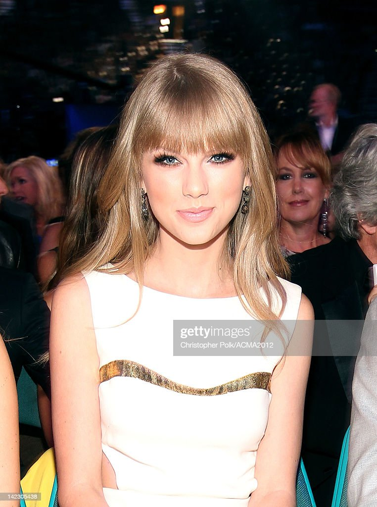 Taylor Swift attends the 47th Annual Academy Of Country Music Awards held at the MGM Grand Garden Arena on April 1, 2012 in Las Vegas, Nevada.