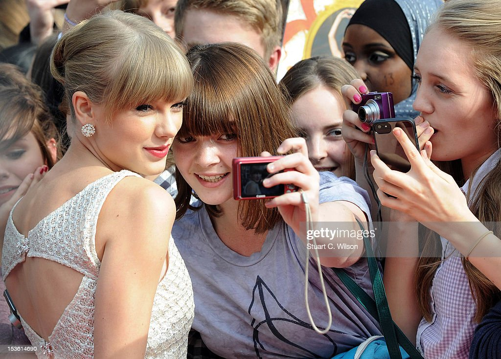 <a gi-track='captionPersonalityLinkClicked' href=/galleries/search?phrase=Taylor+Swift&family=editorial&specificpeople=619504 ng-click='$event.stopPropagation()'>Taylor Swift</a> attends the BBC Radio 1 Teen Awards on October 7, 2012 in London, England.