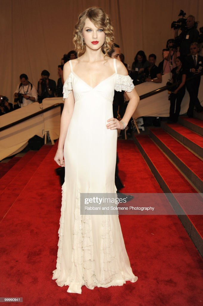 Taylor Swift attends the Costume Institute Gala Benefit to celebrate the opening of the 'American Woman: Fashioning a National Identity' exhibition at The Metropolitan Museum of Art on May 8, 2010 in New York City.