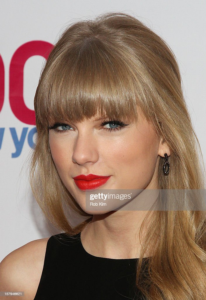 <a gi-track='captionPersonalityLinkClicked' href=/galleries/search?phrase=Taylor+Swift&family=editorial&specificpeople=619504 ng-click='$event.stopPropagation()'>Taylor Swift</a> attends Z100's Jingle Ball 2012 presented by Aeropostale at Madison Square Garden on December 7, 2012 in New York City.