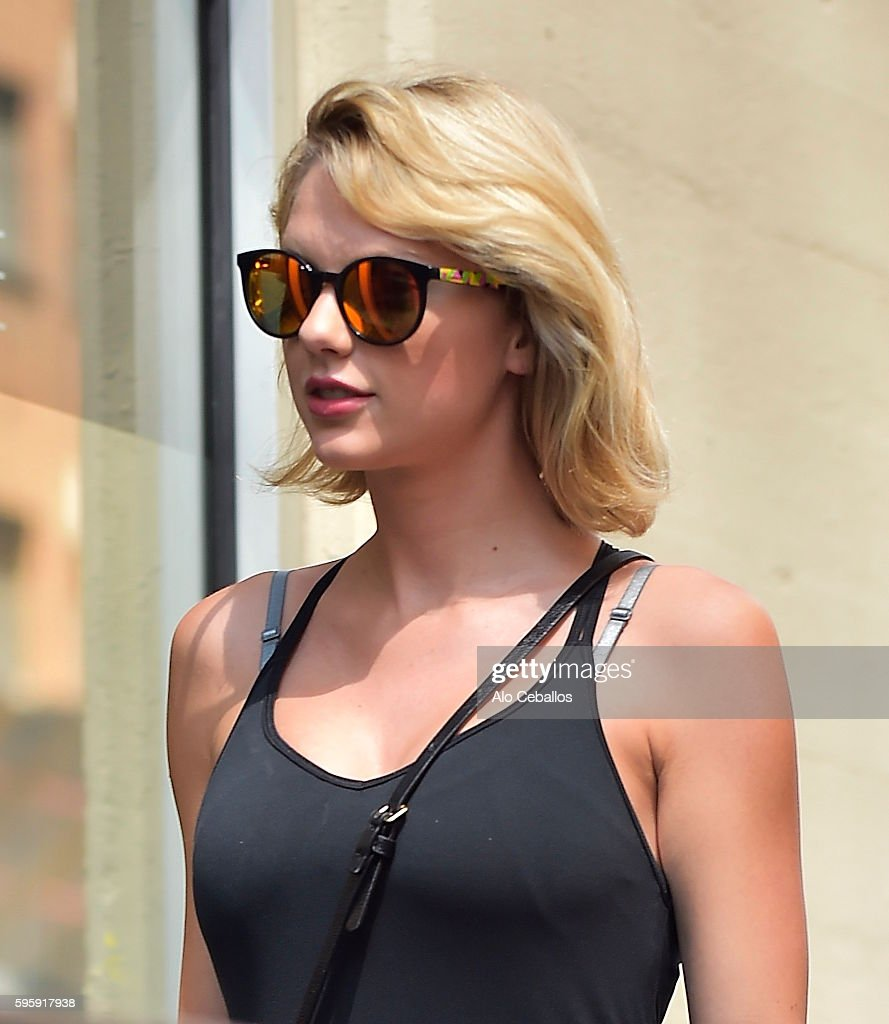 Taylor Swift is seen heading to the gym in Chelsea on August 26 2016 in New York City