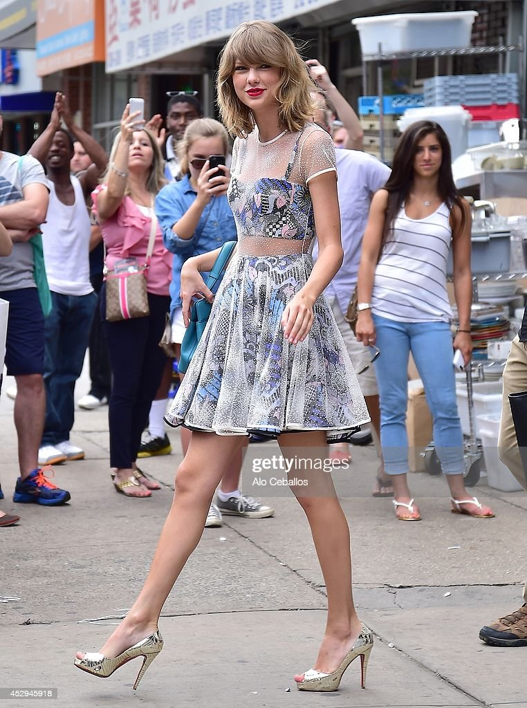 <a gi-track='captionPersonalityLinkClicked' href=/galleries/search?phrase=Taylor+Swift&family=editorial&specificpeople=619504 ng-click='$event.stopPropagation()'>Taylor Swift</a> is seen in Tribeca on July 30, 2014 in New York City.