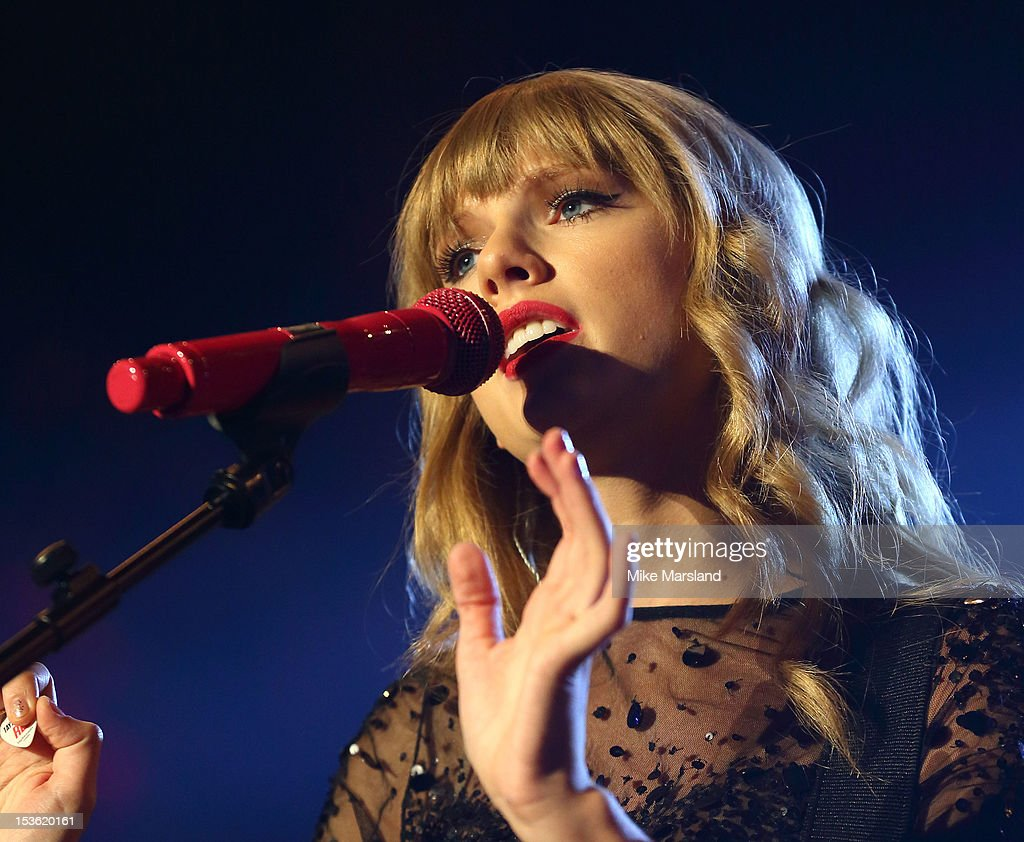 <a gi-track='captionPersonalityLinkClicked' href=/galleries/search?phrase=Taylor+Swift&family=editorial&specificpeople=619504 ng-click='$event.stopPropagation()'>Taylor Swift</a> performs at the Radio One Teen Awards at Wembley Arena on October 7, 2012 in London, England.
