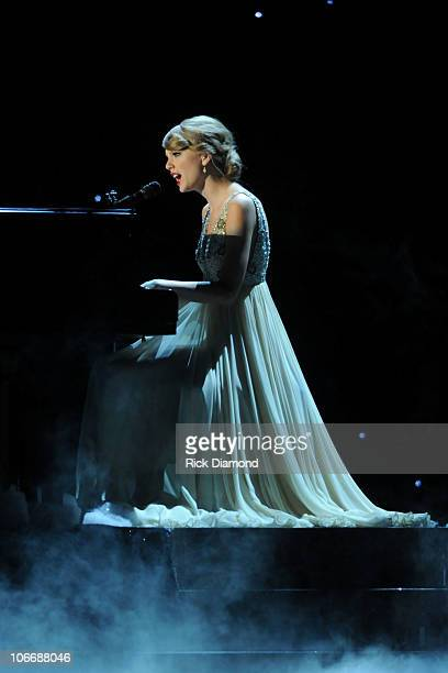 Taylor Swift performs 'Back to December' at the 44th Annual CMA Awards at the Bridgestone Arena on November 10 2010 in Nashville Tennessee