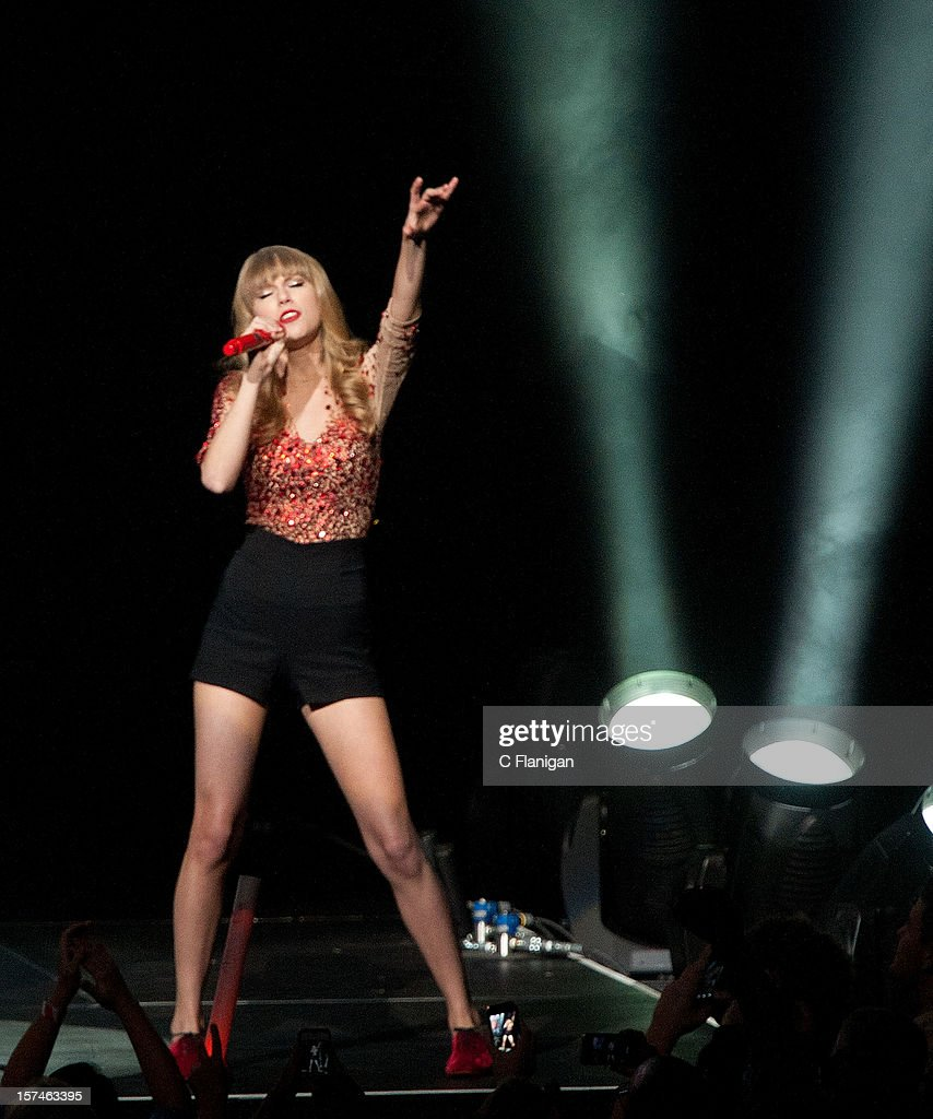 <a gi-track='captionPersonalityLinkClicked' href=/galleries/search?phrase=Taylor+Swift&family=editorial&specificpeople=619504 ng-click='$event.stopPropagation()'>Taylor Swift</a> performs during night 1 of the 2012 KIIS FM Jingle Ball at Nokia Theatre LA Live on December 1, 2012 in Los Angeles, California.