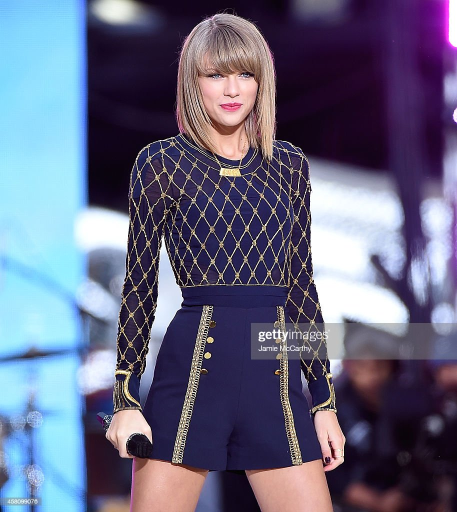 <a gi-track='captionPersonalityLinkClicked' href=/galleries/search?phrase=Taylor+Swift&family=editorial&specificpeople=619504 ng-click='$event.stopPropagation()'>Taylor Swift</a> Performs On ABC's 'Good Morning America' at Times Square on October 30, 2014 in New York City.