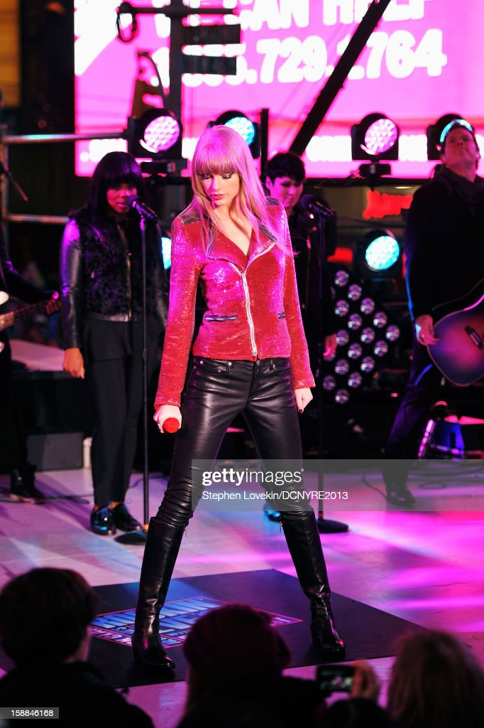 <a gi-track='captionPersonalityLinkClicked' href=/galleries/search?phrase=Taylor+Swift&family=editorial&specificpeople=619504 ng-click='$event.stopPropagation()'>Taylor Swift</a> performs onstage at Dick Clark's New Year's Rockin' Eve with Ryan Seacrest 2013 in Times Square on December 31, 2012 in New York City, New York.