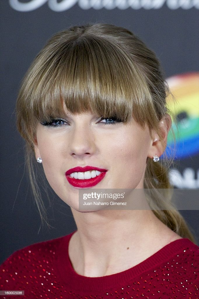 <a gi-track='captionPersonalityLinkClicked' href=/galleries/search?phrase=Taylor+Swift&family=editorial&specificpeople=619504 ng-click='$event.stopPropagation()'>Taylor Swift</a> poses in the press room during 40 Principales Awards 2012 at the Palacio de Deportes on January 24, 2013 in Madrid, Spain.