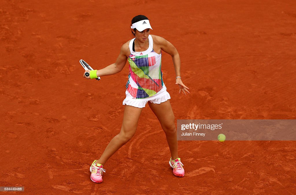 <a gi-track='captionPersonalityLinkClicked' href=/galleries/search?phrase=Taylor+Townsend&family=editorial&specificpeople=8224266 ng-click='$event.stopPropagation()'>Taylor Townsend</a> of the United States hits a forehand during the Ladies Singles second round match against Elina Svitolona of Ukraine on day five of the 2016 French Open at Roland Garros on May 26, 2016 in Paris, France.
