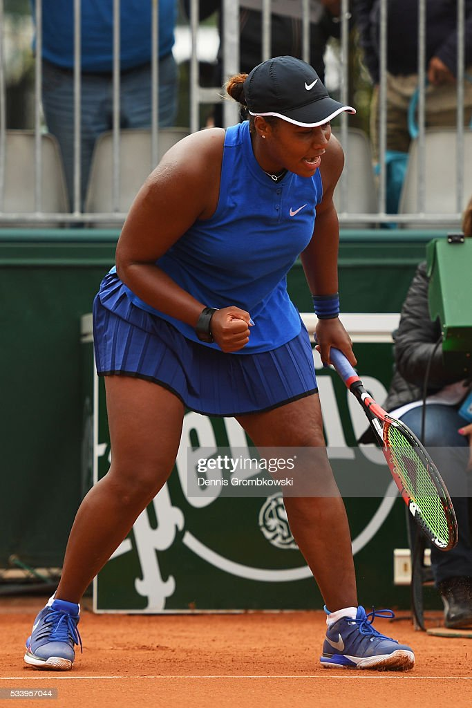 <a gi-track='captionPersonalityLinkClicked' href=/galleries/search?phrase=Taylor+Townsend&family=editorial&specificpeople=8224266 ng-click='$event.stopPropagation()'>Taylor Townsend</a> of the United States reacts during the Women's Singles first round match against Amandine Hesse of France on day three of the 2016 French Open at Roland Garros on May 24, 2016 in Paris, France.