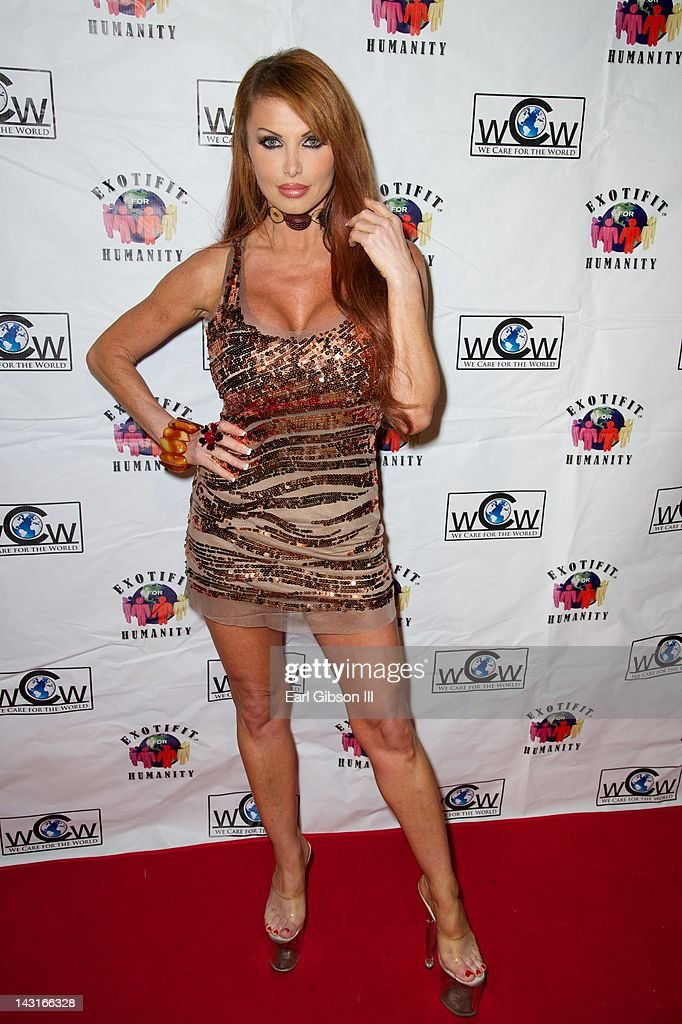 Taylor Wane poses on the red carpet at Cafe Entourage on April 19, 2012 in Hollywood, California.