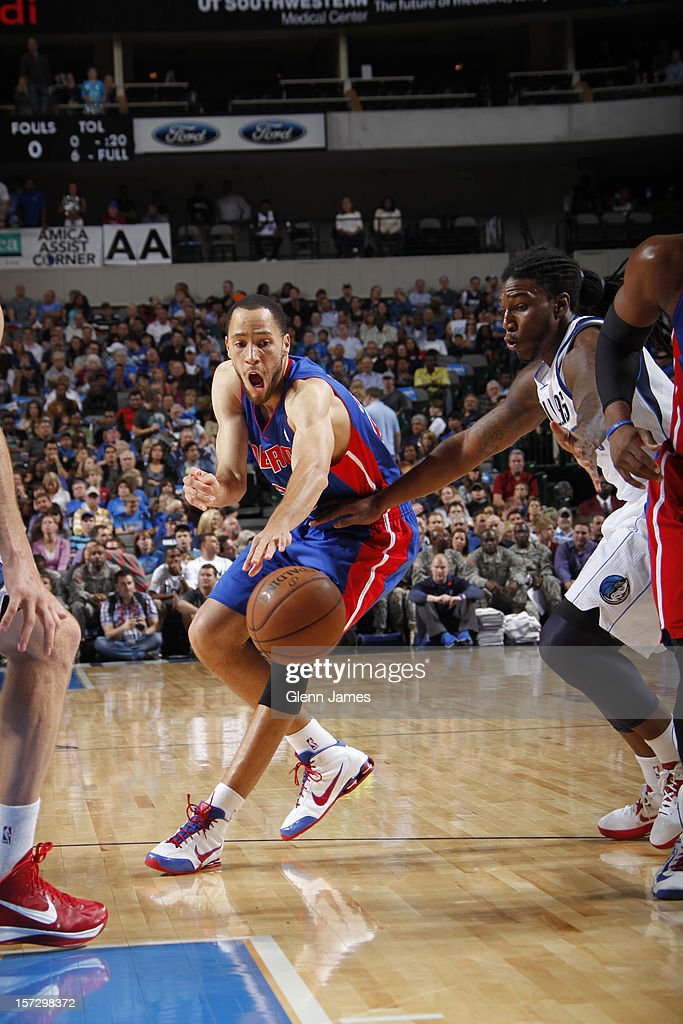 Tayshaun Prince #22 of the Detroit Pistons makes a pass to a teammate against Jae Crowder #9 of the Dallas Mavericks on December 1, 2012 at the American Airlines Center in Dallas, Texas.