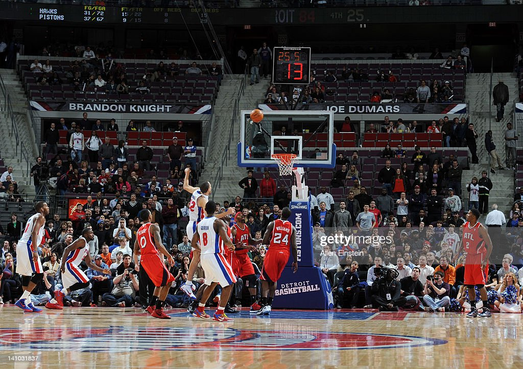 <a gi-track='captionPersonalityLinkClicked' href=/galleries/search?phrase=Tayshaun+Prince&family=editorial&specificpeople=201553 ng-click='$event.stopPropagation()'>Tayshaun Prince</a> #22 of the Detroit Pistons watches his game winning shot during the fourth quarter against the Atlanta Hawks on March 9, 2012 at The Palace of Auburn Hills in Auburn Hills, Michigan.