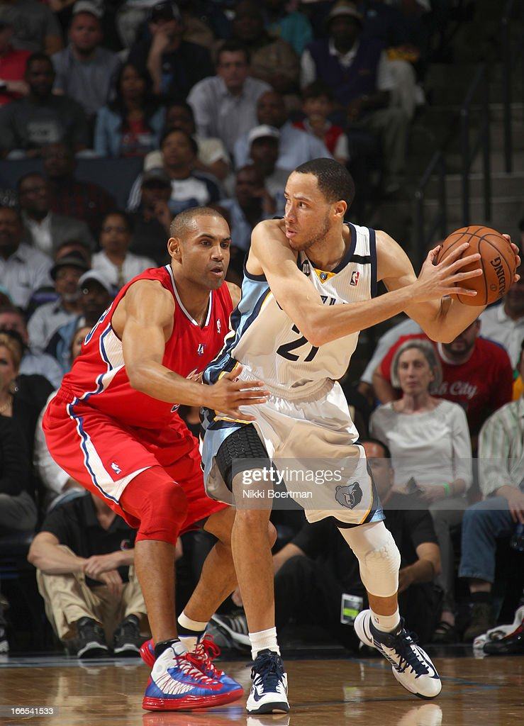 <a gi-track='captionPersonalityLinkClicked' href=/galleries/search?phrase=Tayshaun+Prince&family=editorial&specificpeople=201553 ng-click='$event.stopPropagation()'>Tayshaun Prince</a> #21 of the Memphis Grizzlies controls the ball against <a gi-track='captionPersonalityLinkClicked' href=/galleries/search?phrase=Grant+Hill+-+Basketball+Player&family=editorial&specificpeople=201658 ng-click='$event.stopPropagation()'>Grant Hill</a> #33 of the Los Angeles Clippers on April 13, 2013 at FedExForum in Memphis, Tennessee.