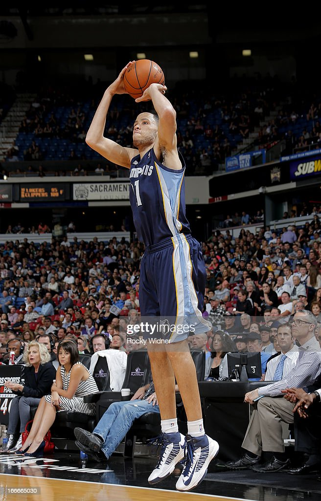 Tayshaun Prince #21 of the Memphis Grizzlies shoots a three pointer against the Sacramento Kings on April 7, 2013 at Sleep Train Arena in Sacramento, California.
