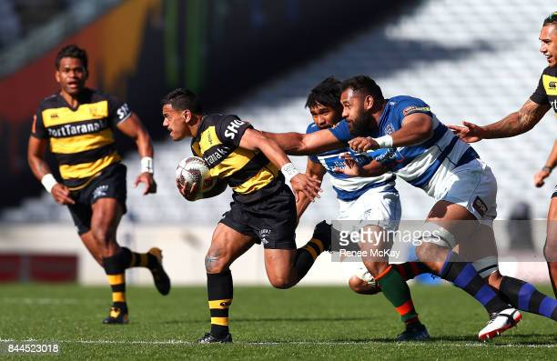 Te Toiroa Tahuriorangi of Taranaki gets away from Patrick Tuipulotu during the round four Mitre 10 Cup match between Auckland and Taranaki at Eden...