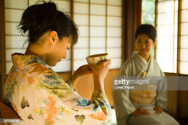 Tea ceremony at Okitsu Club.