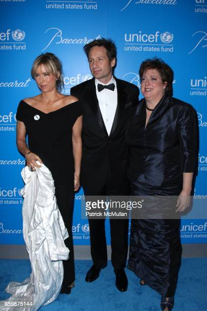 Tea Leoni David Duchovny and Caryl Stern attend 2009 UNICEF SNOWFLAKE BALL at Cipriani 42nd St on December 2 2009 in New York City