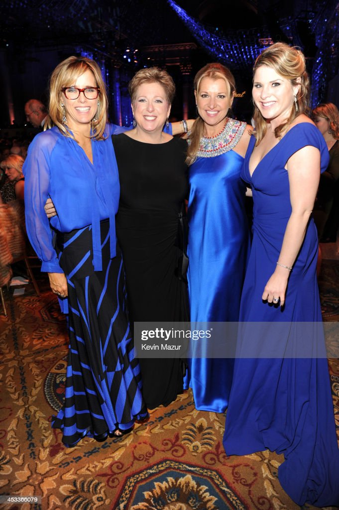 Tea Leoni President and CEO US Fund UNICEF Caryl Stern Mindy Grossman and Jenna Bush Hager attend The Ninth Annual UNICEF Snowflake Ball at Cipriani...