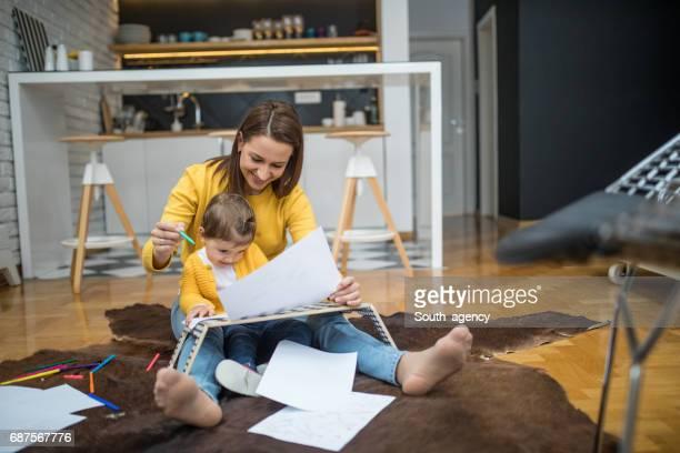 Teaching child to draw