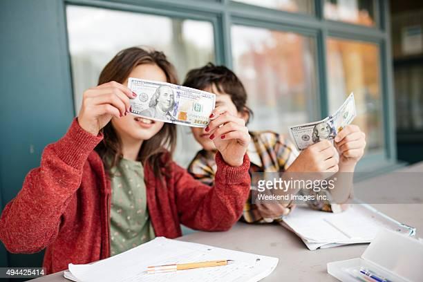 Enseñanza para niños sobre dinero