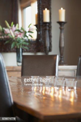 Tealights on table : Stock-Foto