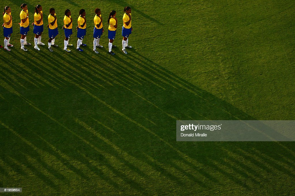 Team Brazil stands in attention during the national anthem at the start of the International Friendly Match between Brazil and the United States at...