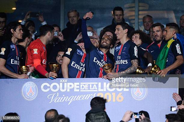 PSG team celebrates victory during the League Cup Final match between Lille and Paris SaintGermain at Stade de France on April 23 2016 in Paris France