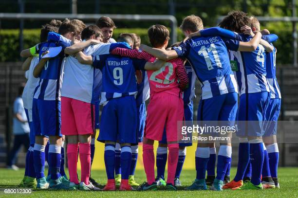 team circle of Hertha BSC U14 during the game of the 3rd place during the Nike Premier Cup 2017 on may 7 2017 in Berlin Germany