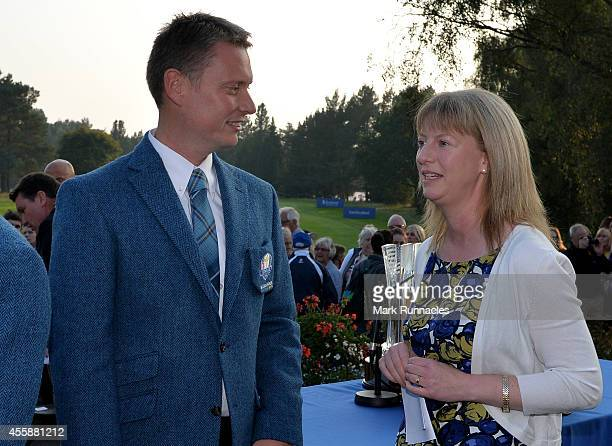 Team Europe Captain Stuart Wilson talks with Shona Robison Government Cabinet Secretary for Sport during the Opening Ceremony of the 2014 Junior...