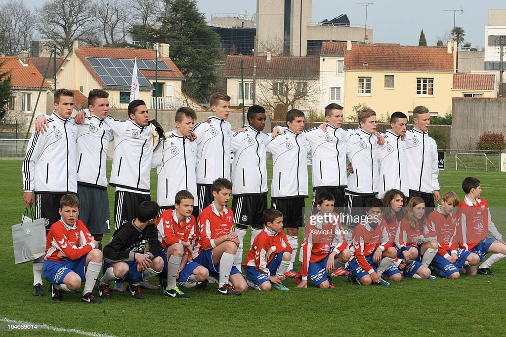 Team Germany before the International Friendly match between U16 Germany and U16 Chile on March 26, 2013 in La Roche-sur-Yon, France.
