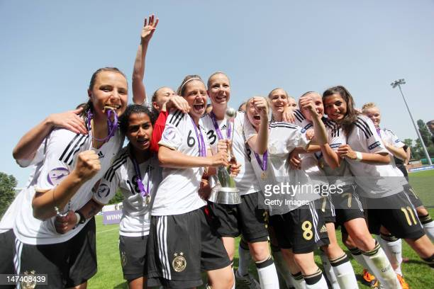 Team Germany celebrates after winning the Women's U17 European Championship Final between France and Germany at the Colovray Stadium on June 29 2012...