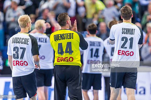 Team Germany cheers to the fans after the European Handball Championship 2016 Qualifier between Germany and Austria at Sparkassen Arena on June 14...