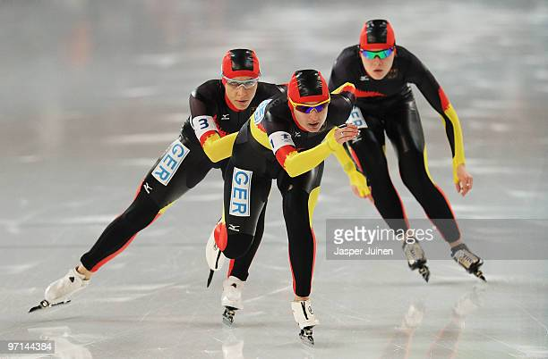 Team Germany with Daniela Anschutz Thoms Stephanie Beckert and Anna FriesingerPostma compete in the ladies' team pursuit semifinals on day 16 of the...