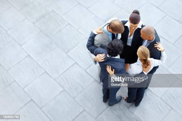 Team huddle before the big leagues