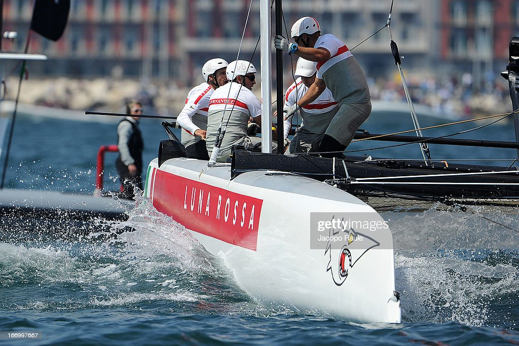 Team Luna Rossa Swordfish skippered by <a gi-track='captionPersonalityLinkClicked' href=/galleries/search?phrase=Francesco+Bruni&family=editorial&specificpeople=2443535 ng-click='$event.stopPropagation()'>Francesco Bruni</a> of Italy competes in Quarter Finals during America's cup World Series Naples on April 19, 2013 in Naples, Italy.