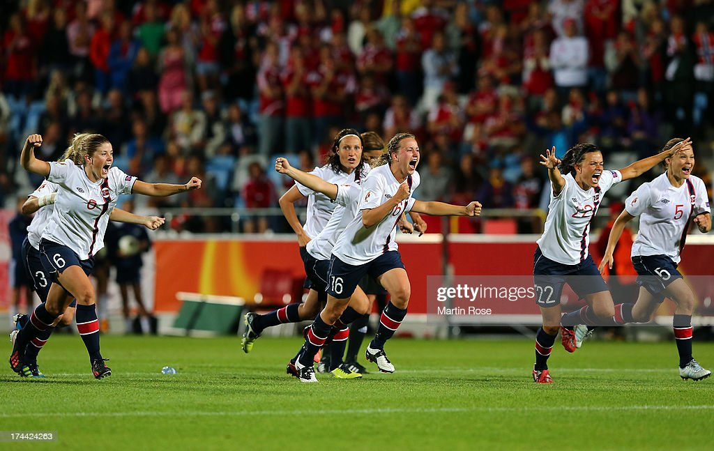 Team members of Norway celebrate after winning the UEFA Women's Euro 2013 semi final match between Norway and Denmark at Nya Parken on July 25, 2013 in Norrkoping, Sweden.