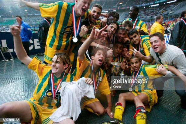 Team Nantes celebrate his victory during Gambardella Final match between Nantes and Metz on May 11th 2002 Olivier Prevosto / Icon Sport